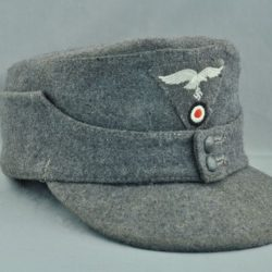 German Luftwaffe M43 hat with trapezoid insignia
