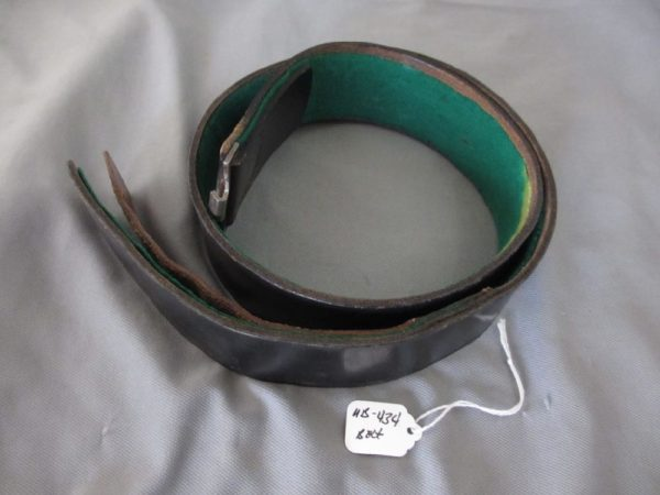 Heer black leather belt with green felt lining