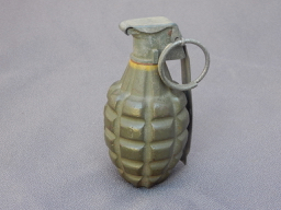 "US WWII ""Pineapple"" Fragmentation Grenade"